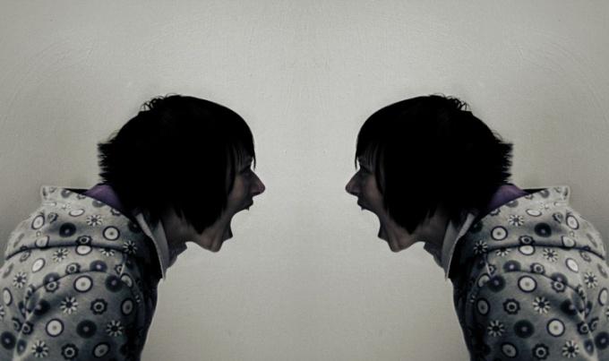 В чем разница между самокритикой и самобичеванием