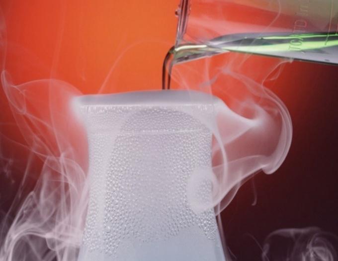 Что такое соляная кислота: химические и физические свойства