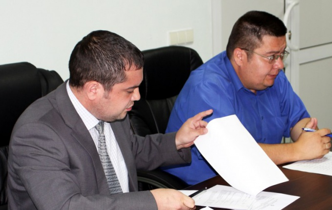 Протокол ведет секретарь аттестационной комиссии
