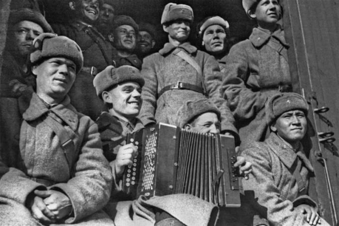 """The history of the song """"Katyusha"""""""