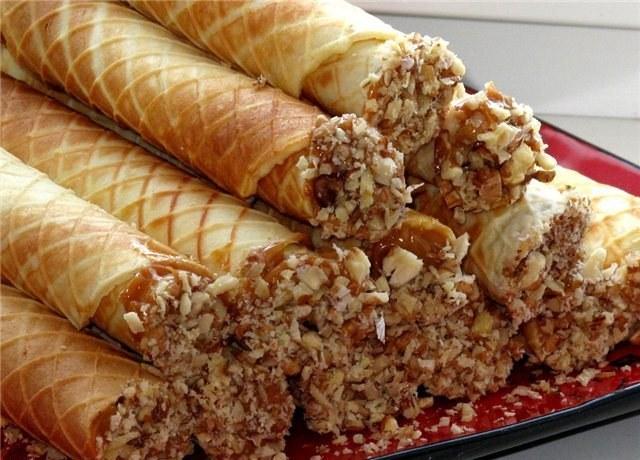 Вкусные и душистые вафли - отличный десерт