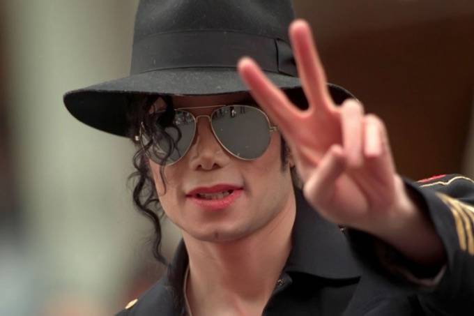 Майкл Джексон популярен во всем мире и во все времена!