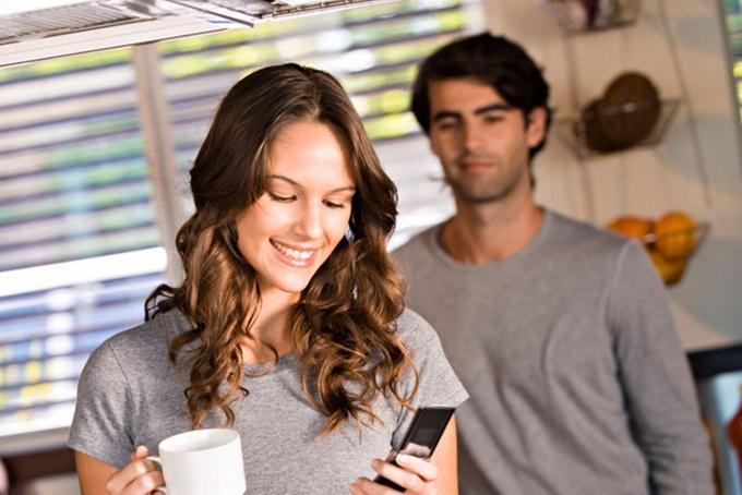 С мобильным телефоном жизнь становится проще