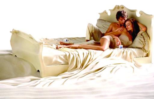 Как удивить девушку в постели — девушка в постели — Секс
