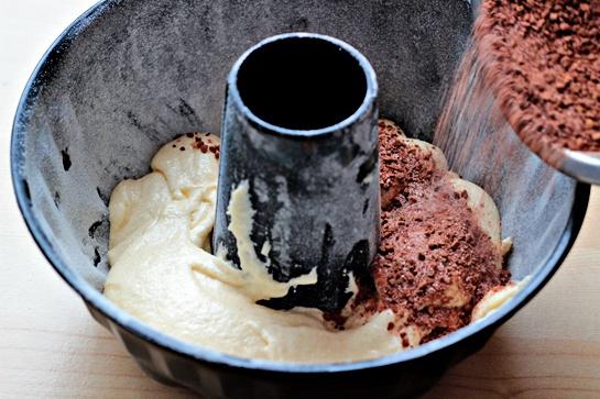 Как приготовить воздушный кекс с шоколадной начинкой