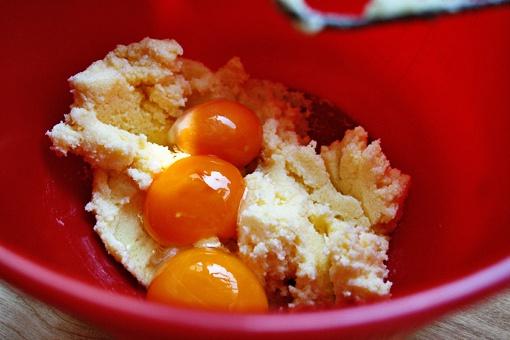 Как испечь ароматные лимонные кексы