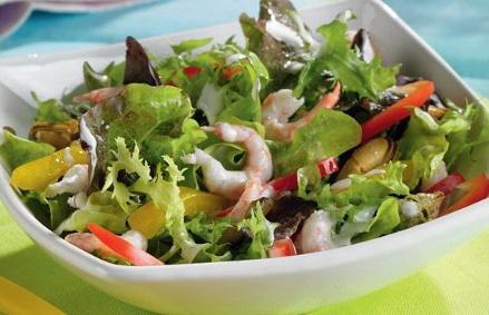 Готовый салат с морскими гадами