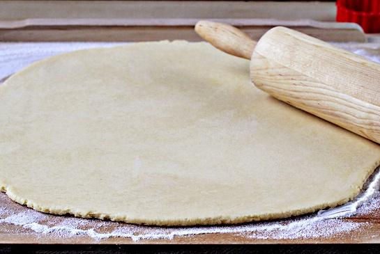 Как приготовить яблочные пироги на палочке