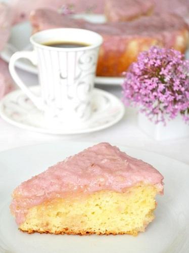 Кокосово-клубничный пирог