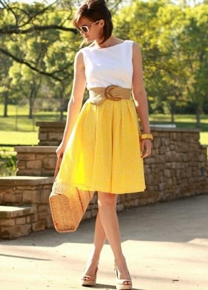 Желтая юбка: с чем носить?