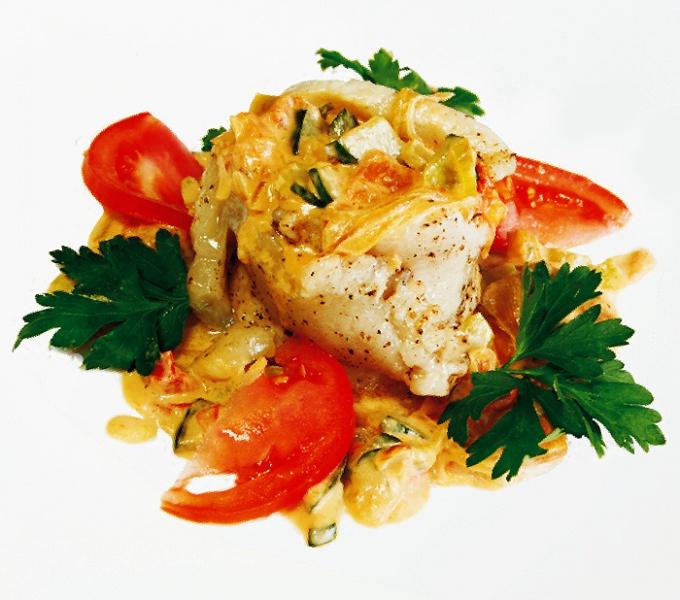 Салат из морского языка с морской капустой и помидорами