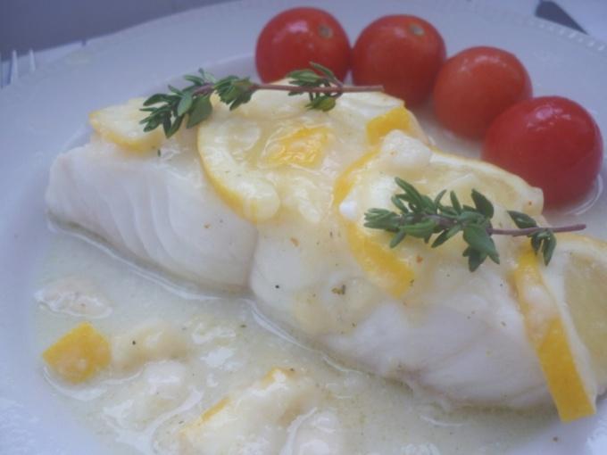 Зубатка под соусом с лимонной ноткой