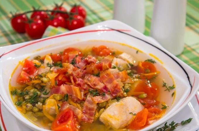 Суп с беконом и машем