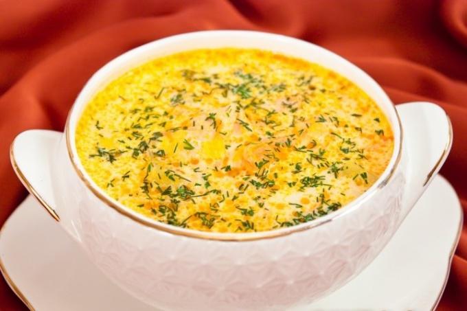 Вкуснейший сливочный суп с семгой