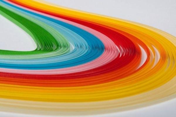 Разнообразие цветов бумаги для квиллинга