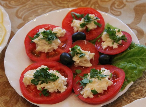 Как приготовить помидоры по-гречески