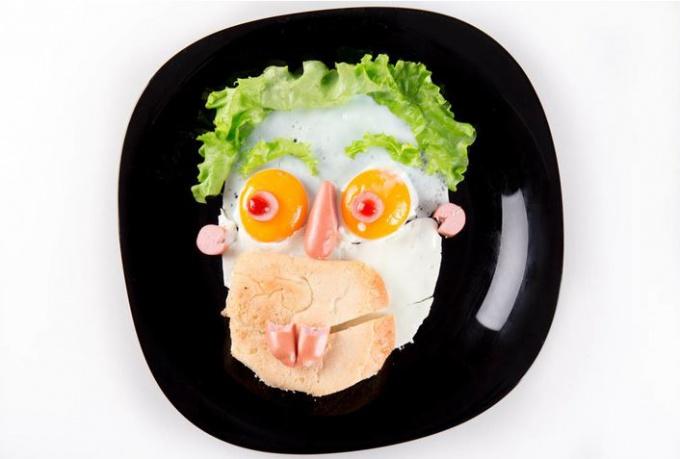 Яичница-портрет