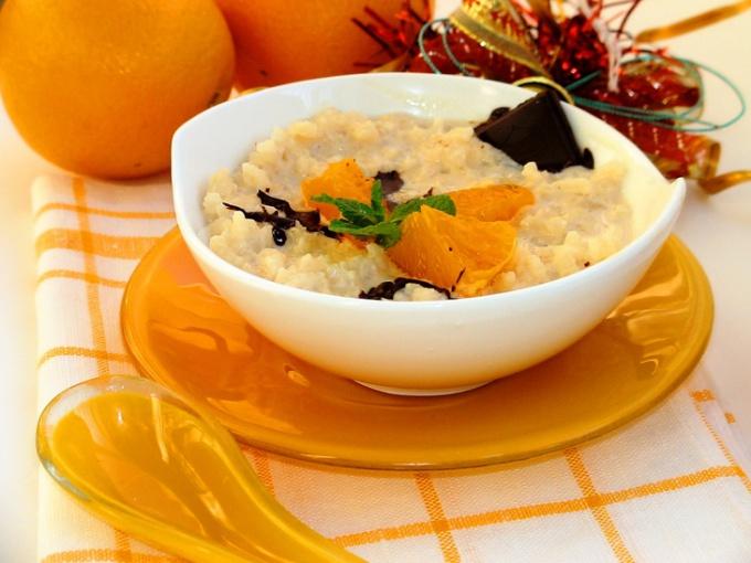 Рисовая каша на топленом молоке с мандаринами « Идеальное утро»