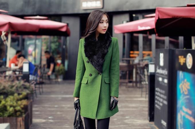 Зеленое пальто - один из ярких трендов 2014 года
