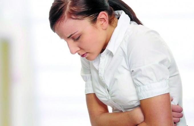 Какие симптомы при пищевом отравлении