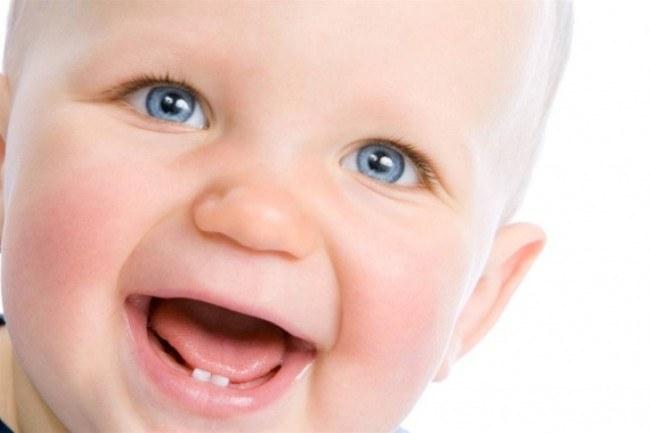 Сколько держится температура при прорезывании зубов у детей