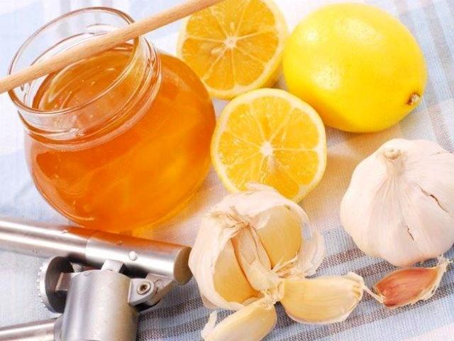 Рецепт настойки из чеснока, лимона и меда