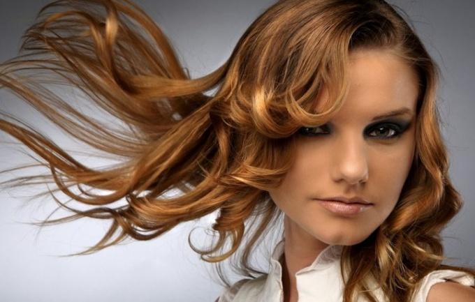 Как стимулировать рост волос в домашних условиях