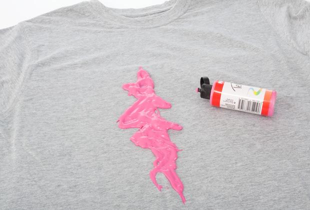 Как сделать необычный рисунок на футболке