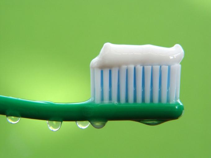 Чем может помочь зубная паста в домашнем хозяйстве