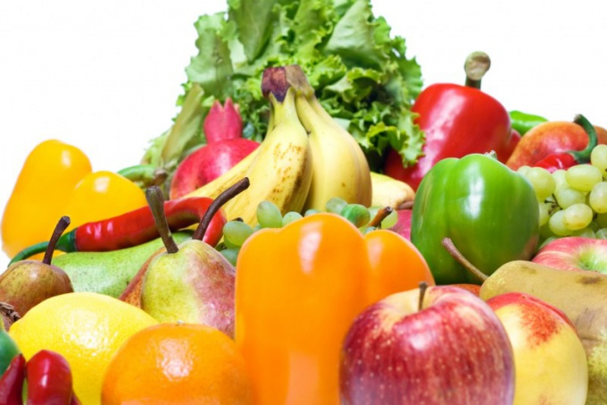 The basis of healthy nutrition of a teenager - an abundance of fruits and vegetables
