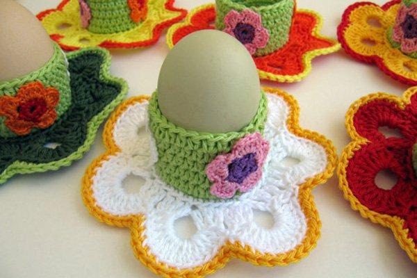 Как связать крючком подставку под яйцо