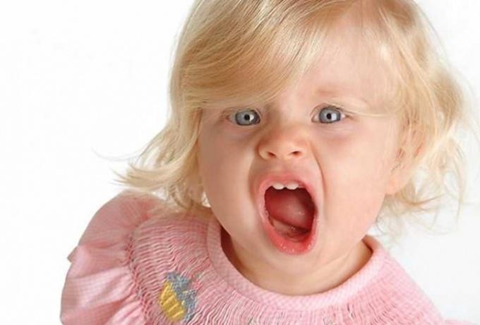 Как вылечить ангину у ребенка 2 лет