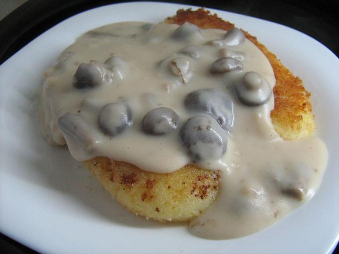 Recipe gravy with mushrooms
