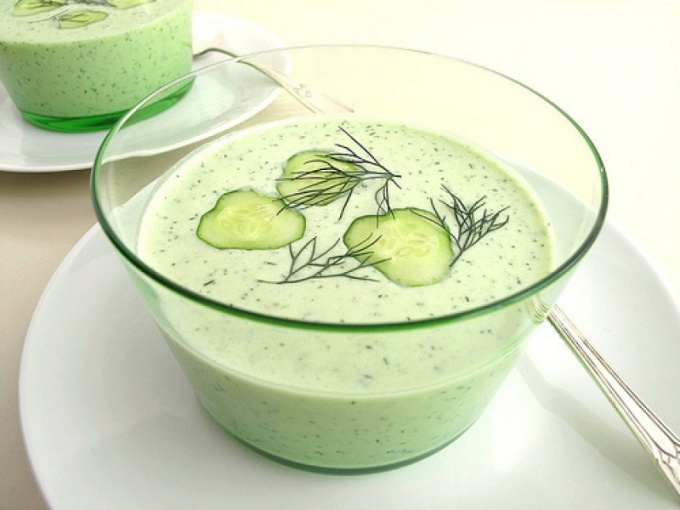 How to make cold cucumber soup
