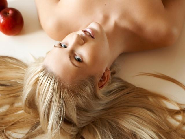 Полноценный уход: витаминные маски для волос