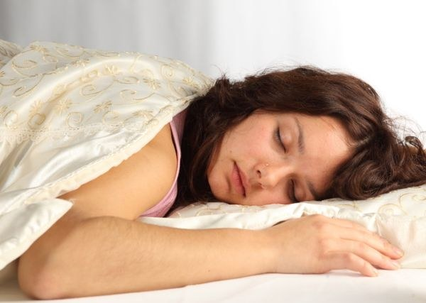 Скрипеть зубами во сне: это отклонение или норма?