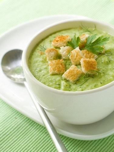 Суп-пюре из брокколи с чеддером и белой фасолью