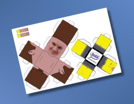 Как сделать фигурку из бумаги с собственным изображением
