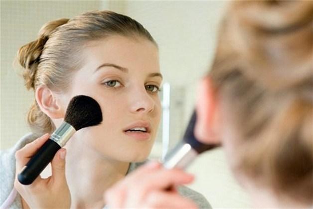 Как правильно придать коже свежий здоровый румянец