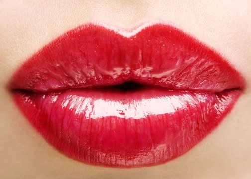 Народные средства для увеличения губ