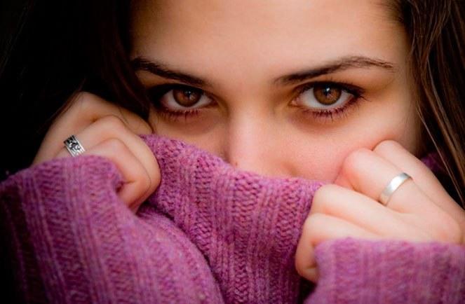 Скромная девушка обладает особой притягательностью