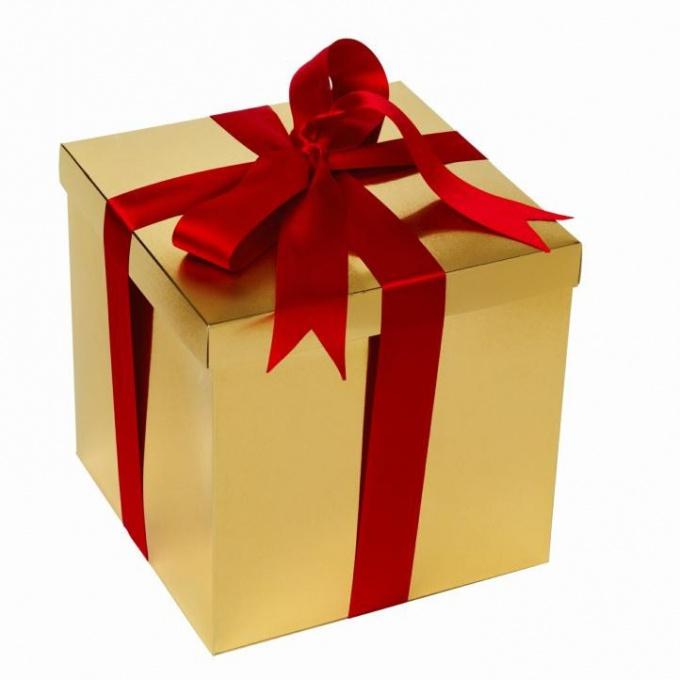 Что подарить подруге, если у неё всё есть
