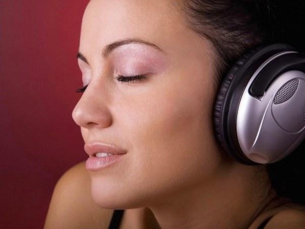 Как узнать, кто исполняет песню