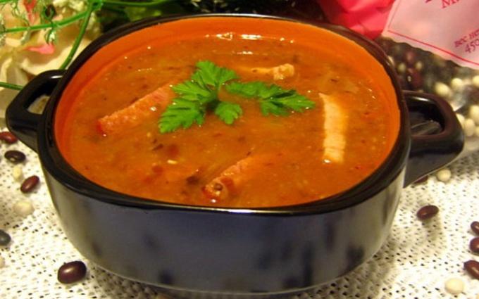 Острый томатно-фасолевый суп