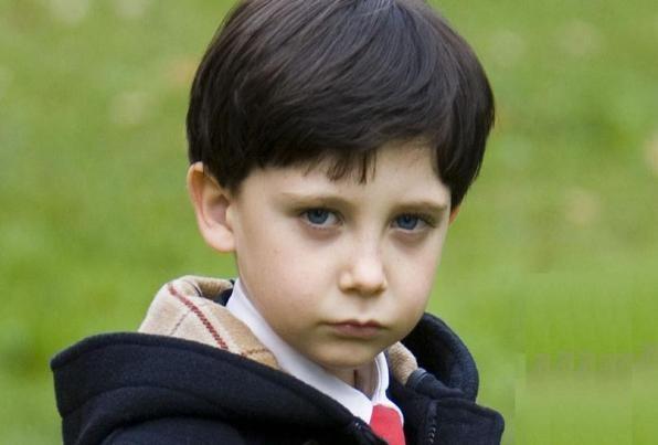 Why the child has dark circles under eyes
