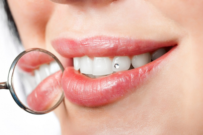 How to whiten teeth with baking soda