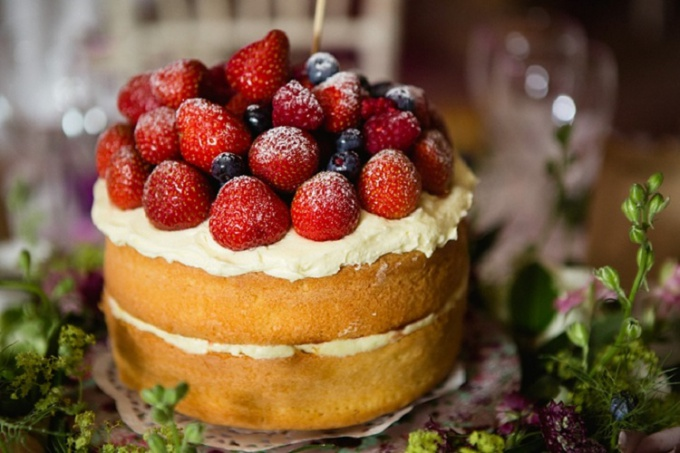 Sponge cake is the basis of most cakes