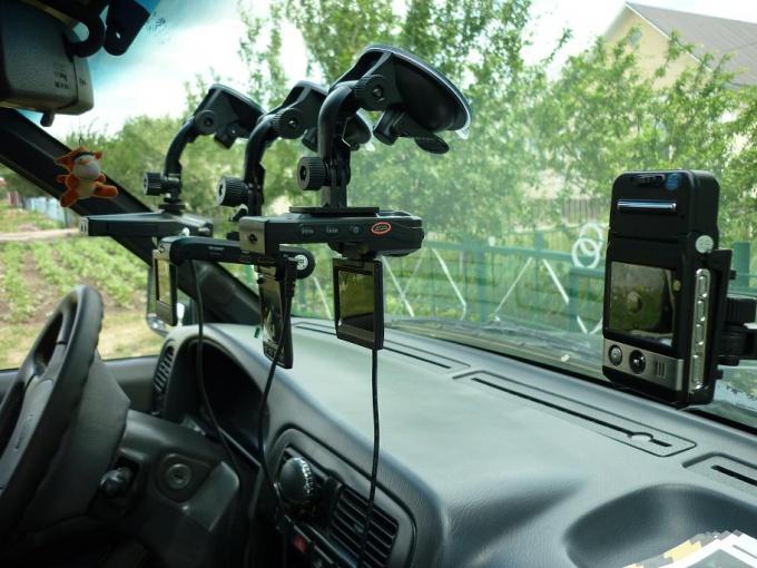 Выбор автомобильного видеорегистратора