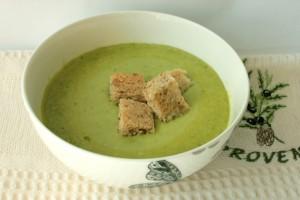 Крем-суп из салата Айсберг с горошком