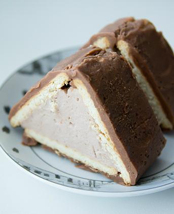 """Торт """"Домик"""" из печенья с творогом"""